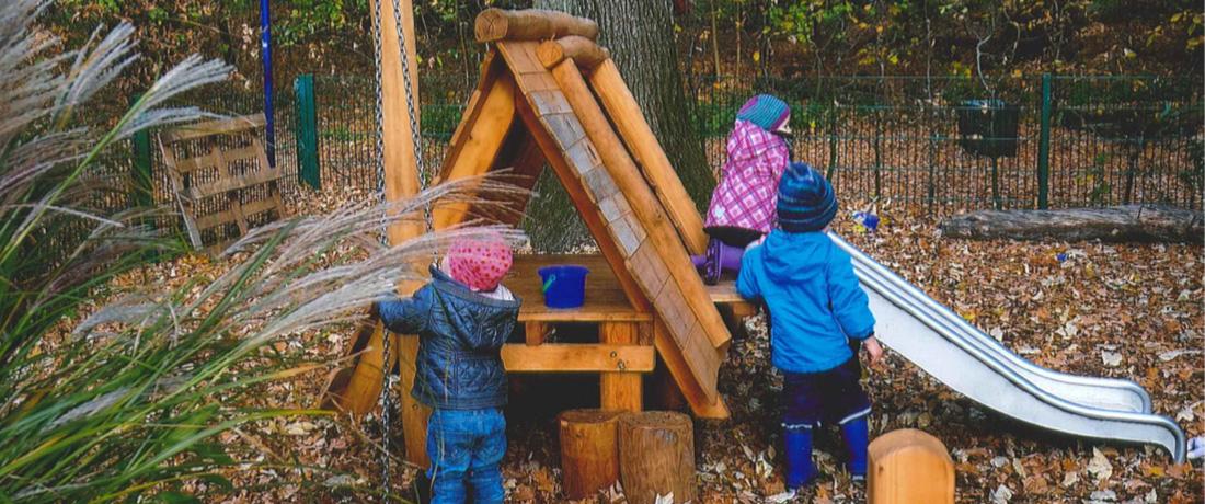 Außenanlage für Kleinkinder